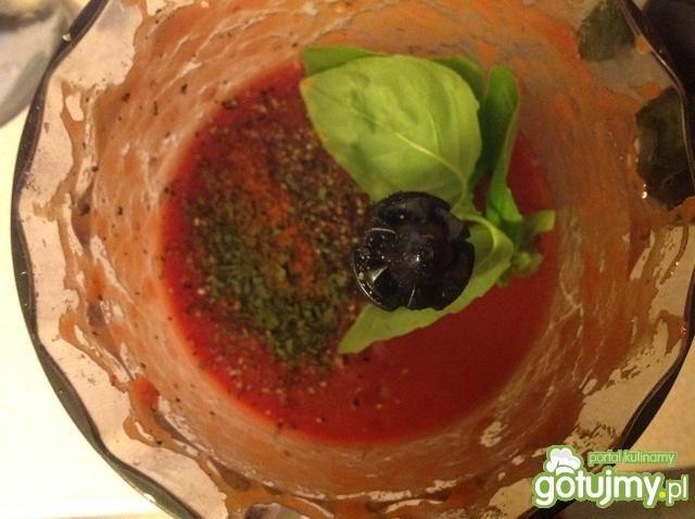 Pikantna zupa pimodorowa
