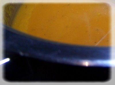 Pikantna zupka z dyni i jabłek  z jaglanką