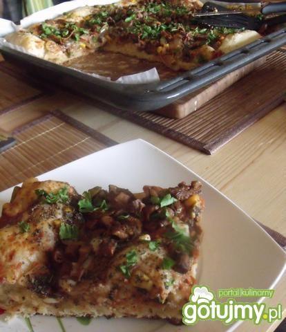 Pizza z natką pietruszki