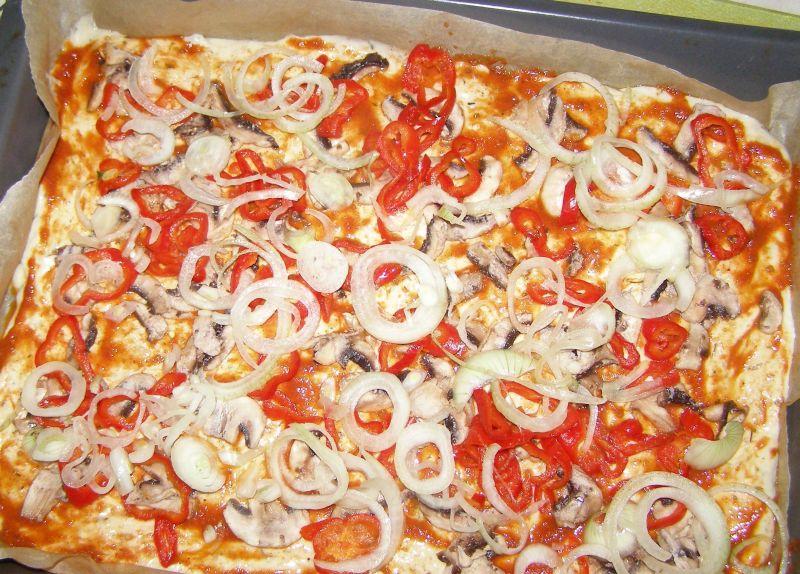 Placek pizzowy na Dzień Pizzy 9.02.2021