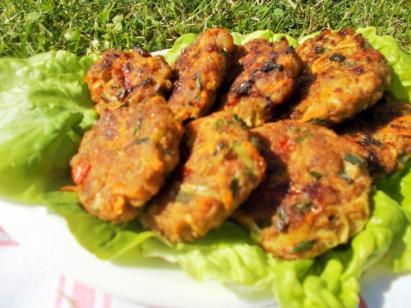 Placuszki warzywne na mięsie mielonym