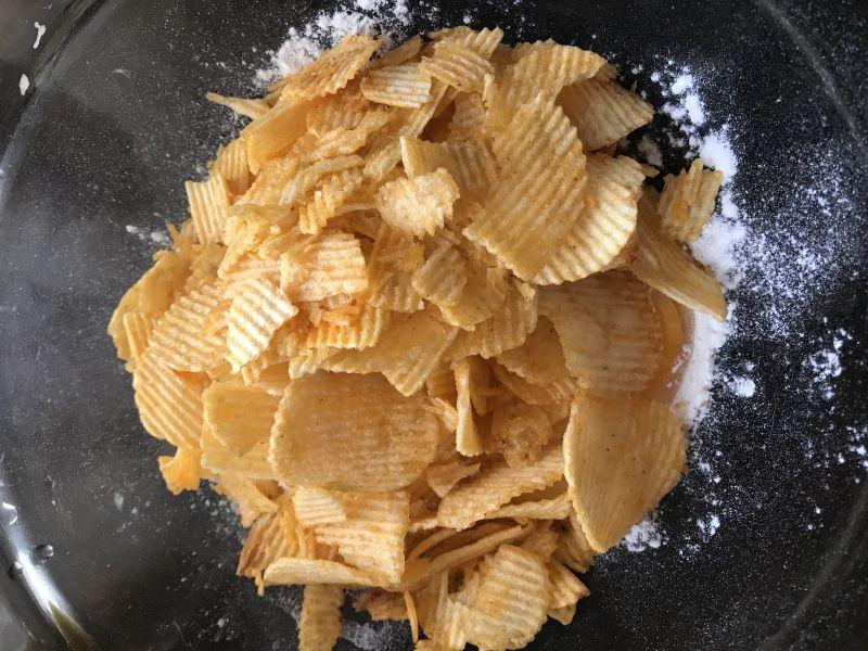 Placuszki z kaszką kukurydzianą i chipsami