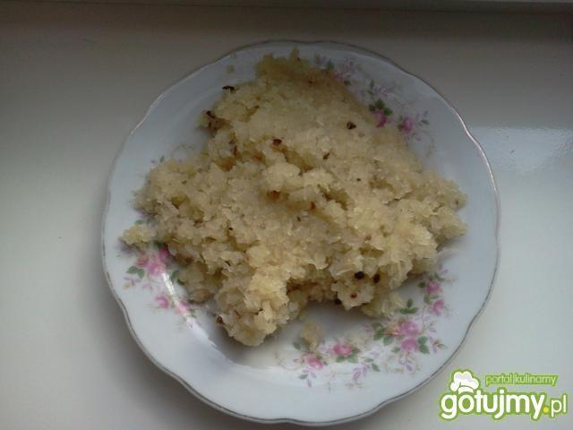 Placuszki z ziemniaków i kapusty kisz.