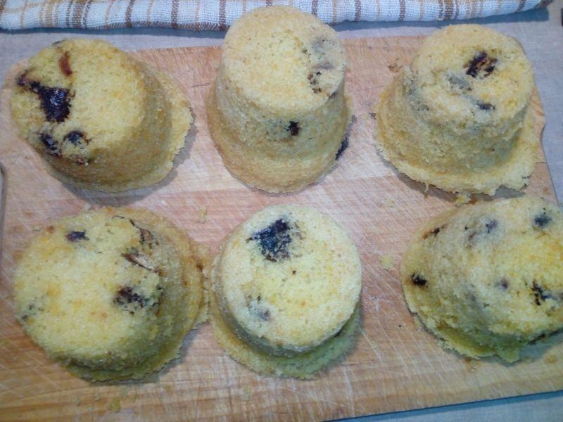 Pomarańczowe muffinki gotowane