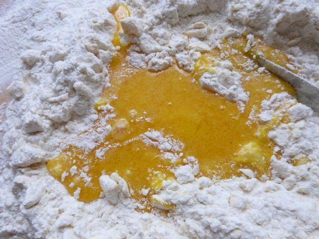 Pomarańczowo-imbirowe babeczki z bitą śmietaną