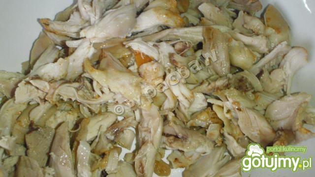Potrawka z udek kurczaka z marchewką