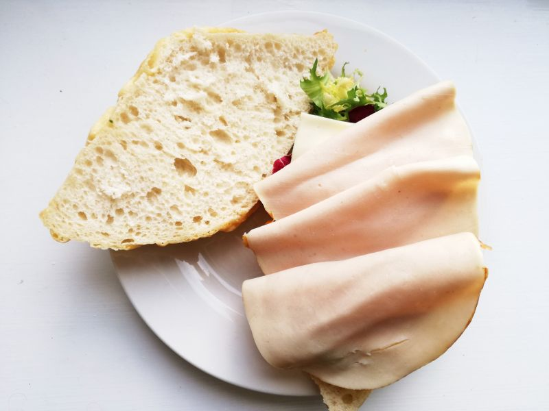 Prosta kanapka serowa
