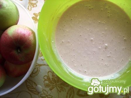 Proste i smaczne placki z jabłkami