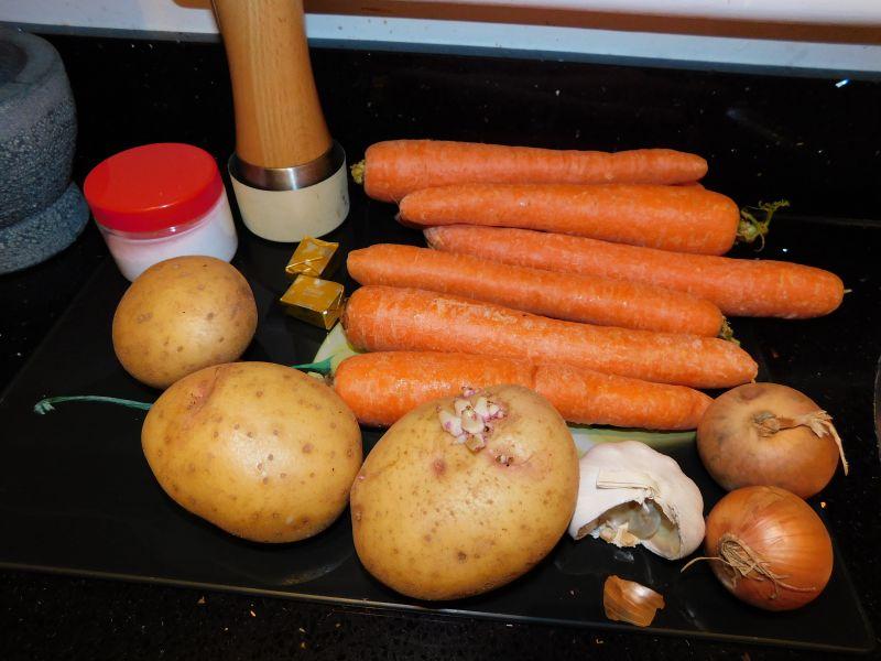 Prosty krem marchewkowy z kurczakiem