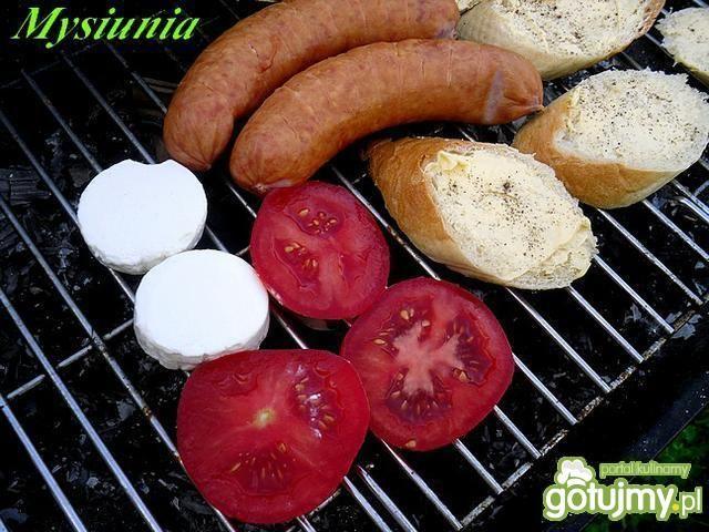 Przekąska z grilla dla biało-czerwonych