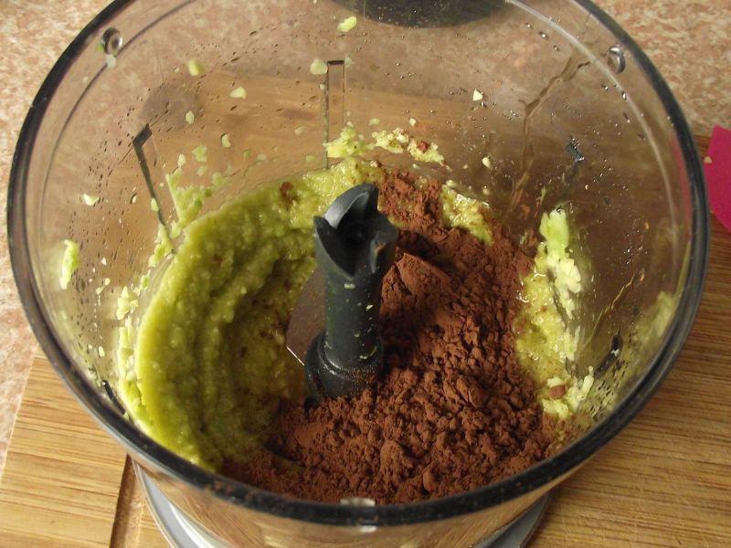 Pudding czekoladowy z awokado