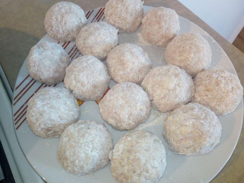 Pulpety mięsno-ryżowe w sosie