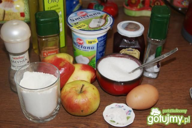 Racuchy z jabłkami i cynamonem