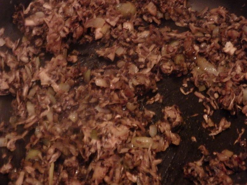 Rolada serowa z kurczakiem i pieczarkami