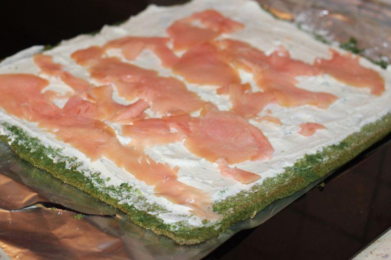 Rolada szpinak-owa z łososiem