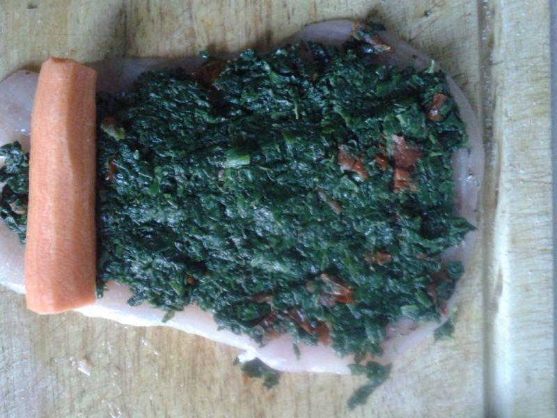 Roladka drobiowa ze szpinakiem w wersji light