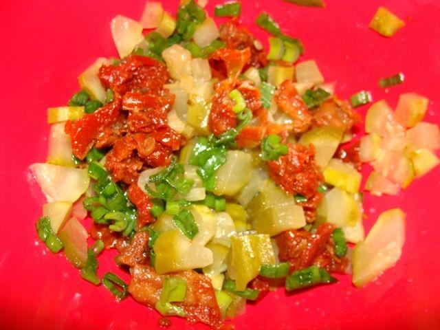 Roladki z szynki z suszonymi pomidorami