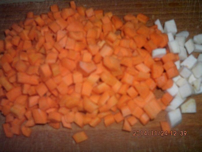 Rozgrzewająca zupa pomidorowa z pomarańczą
