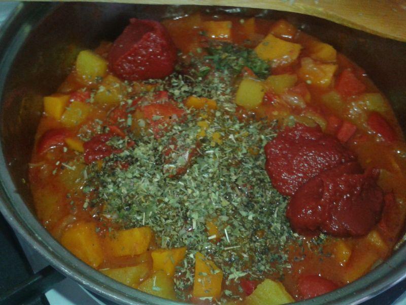Rozgrzewające leczo warzywne