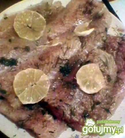 Ryba na parze z sosem cytrynowych