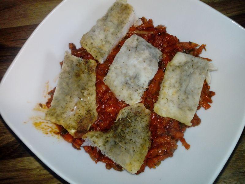 Ryba z marchewką i pieczarkami