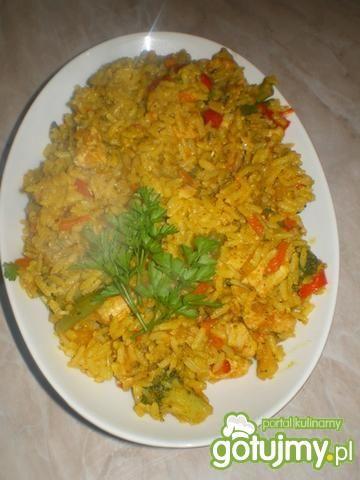 Ryż pełnoziarnisty z drobiem i warzywami