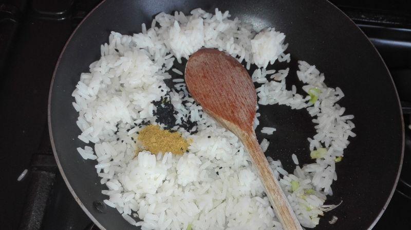 Ryż smazony z jajecznicą