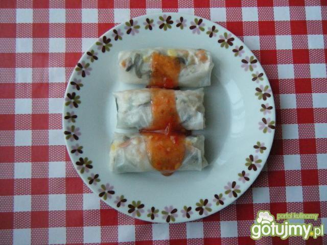 Sajgonki w sosie chili