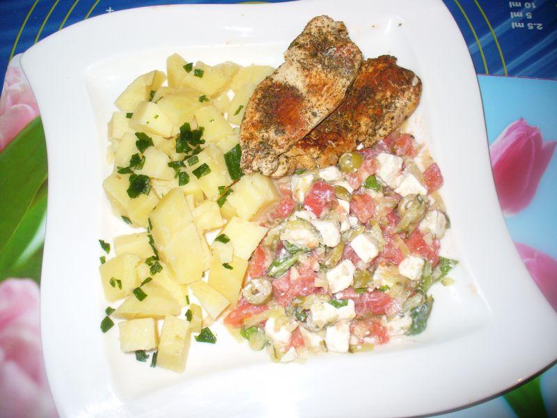 Sałatka a'la grecka