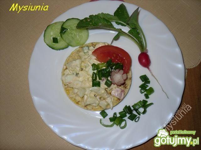 Sałatka jajeczna na waflach