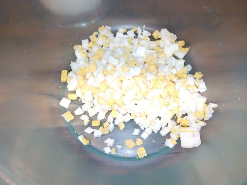 Sałatka jarzynowa z kukurydzą