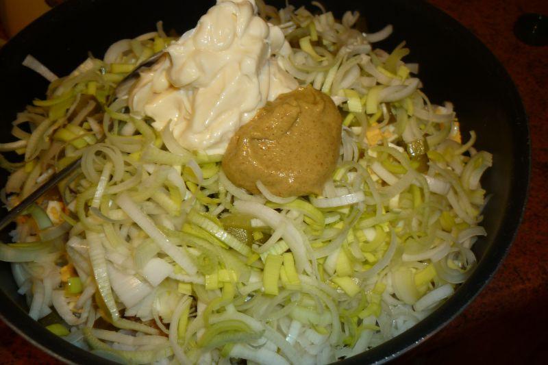 Sałatka ryżowa z tuńczykiem i porem