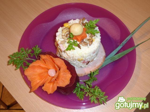 Sałatka ryżowa ze słonecznikiem