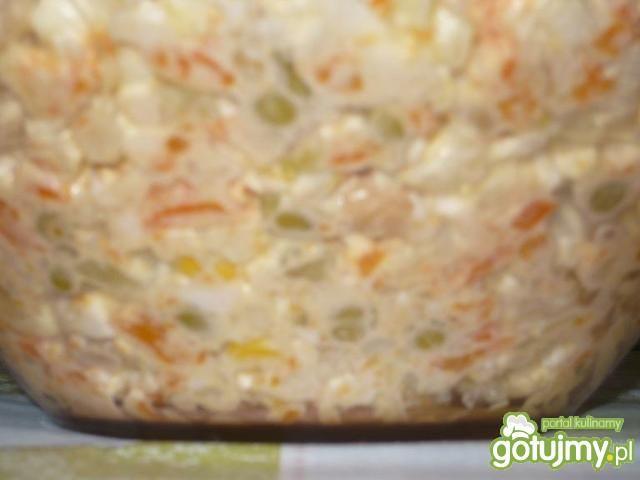 Sałatka warzywna 4