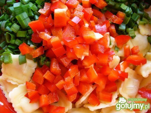 Sałatka wegetariańska z tortelini