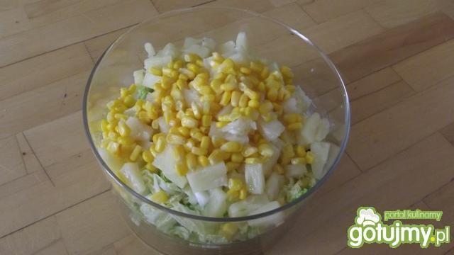 Sałatka z ananasem 7