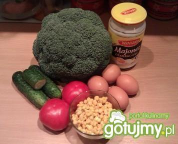 Sałatka z brokuły