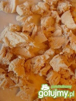 Sałatka z kurczakiem i pomarańczą.