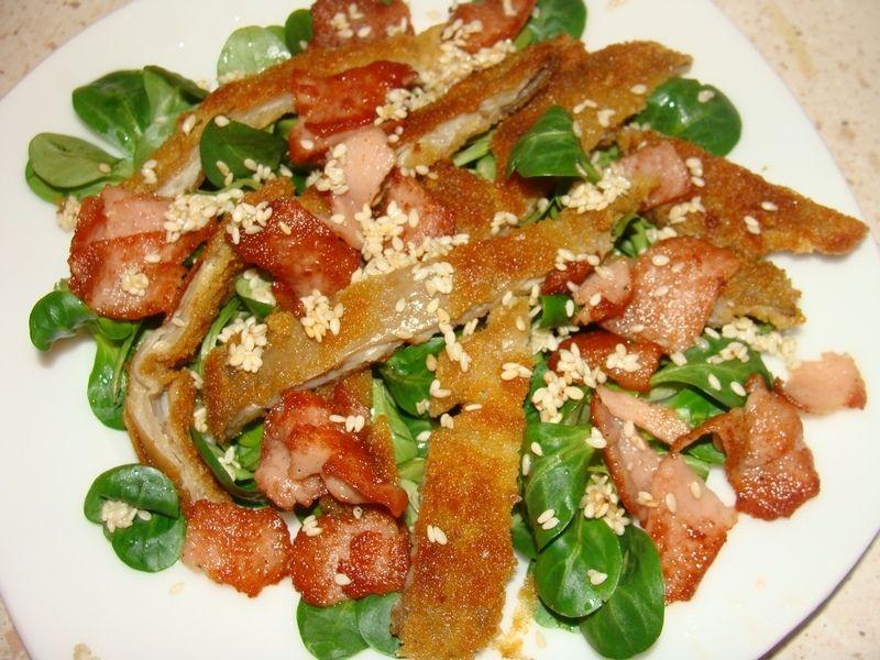 Sałatka z papryką i boczniakami
