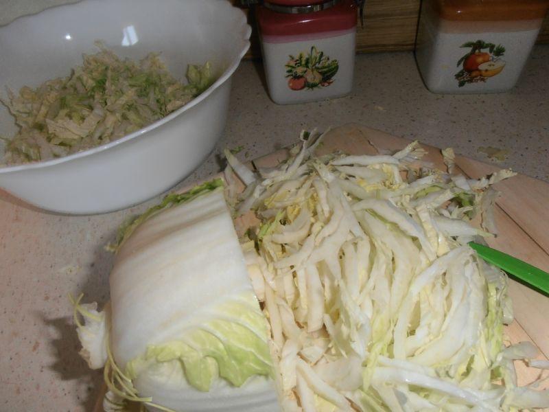 Sałatka z pekińskiej i rukoli