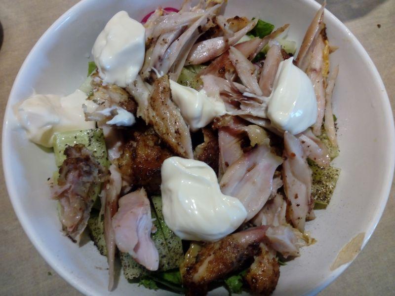 Sałatka z pieczonym kurczakiem