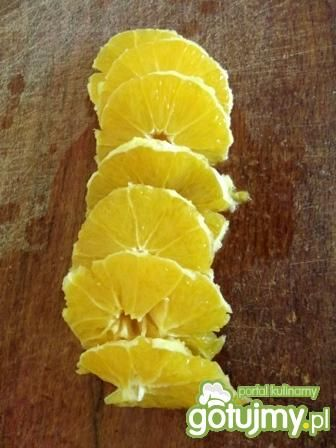 Sałatka z pomarańczy i oliwek