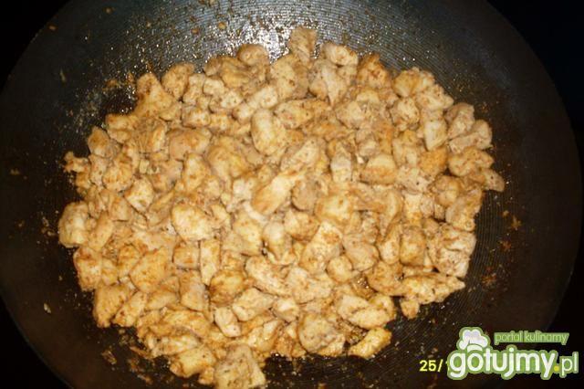 Sałatka z przyprawą curry