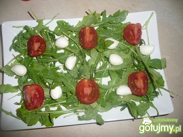 Sałatka z rukoli i mozzarelli