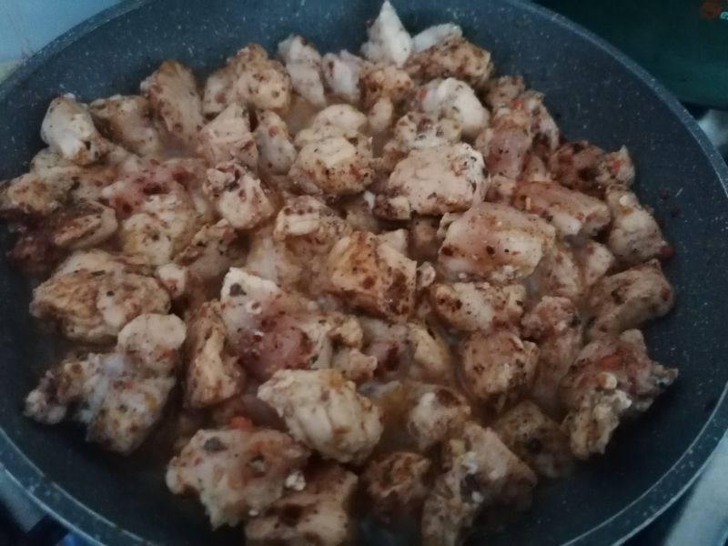 Sałatka z rukoli z kurczakiem