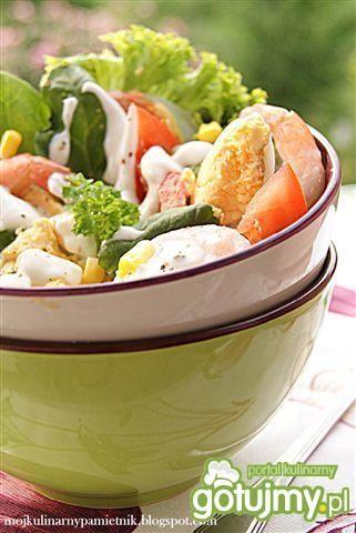 Sałatka z sosem pleśniowym
