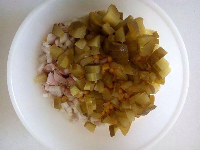 Sałatka z Tortellini z ricottą i szpinakiem