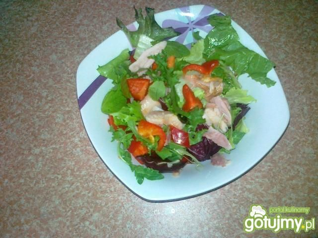 Sałatka z wędzonym kurczakiem 8