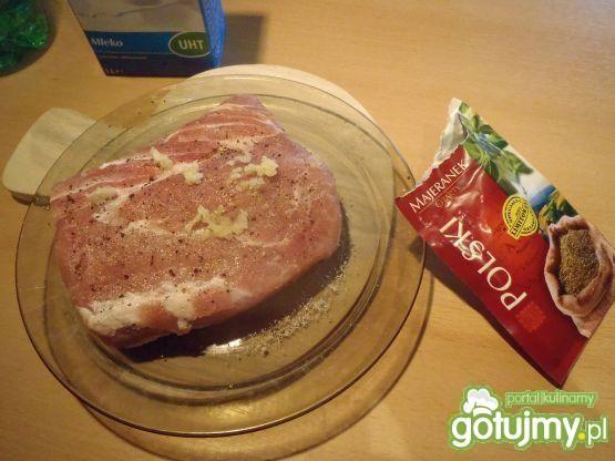 Schab gotowany w mleku
