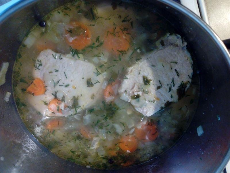 Schab w sosie cebulowo - marchewkowym